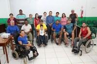 Câmara Municipal recebe deficientes físicos para discutir a Criação de Associação