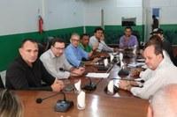 Saneamento de Buritis: Presidente da Câmara Professor Marcelo Mendes e Vereadores recebem para segunda reunião consecutiva a equipe do Poder Executivo Municipal, AGERB e Gestores da Empresa Águas de Buritis.