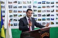 Vereador Professor Marcelo Cria Projeto de Lei que reconhece Associação de Taxista de Buritis como Utilidade Pública.