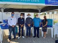 Vereador participa de cerimônia de entrega de mais de 80 equipamentos para logística e conservação de vacinas contra o coronavírus.